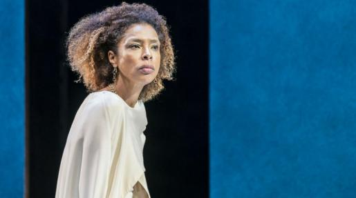 sophie_okonedo_in_antony_cleopatra-Photo by Johan Persson